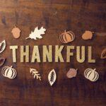 Dankbar sein mit einem tiefen Atemzug